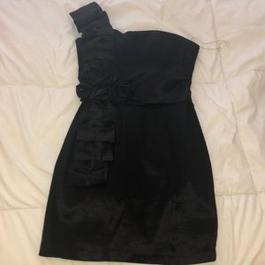 Dresses & Skirts - Black formal / semi / homecoming / prom dress